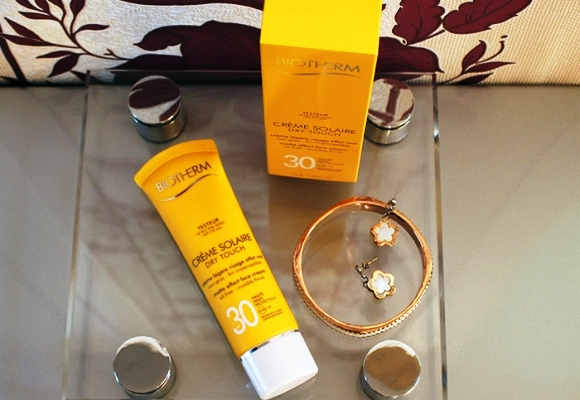 Biotherm-Dry-Touch-SPF30